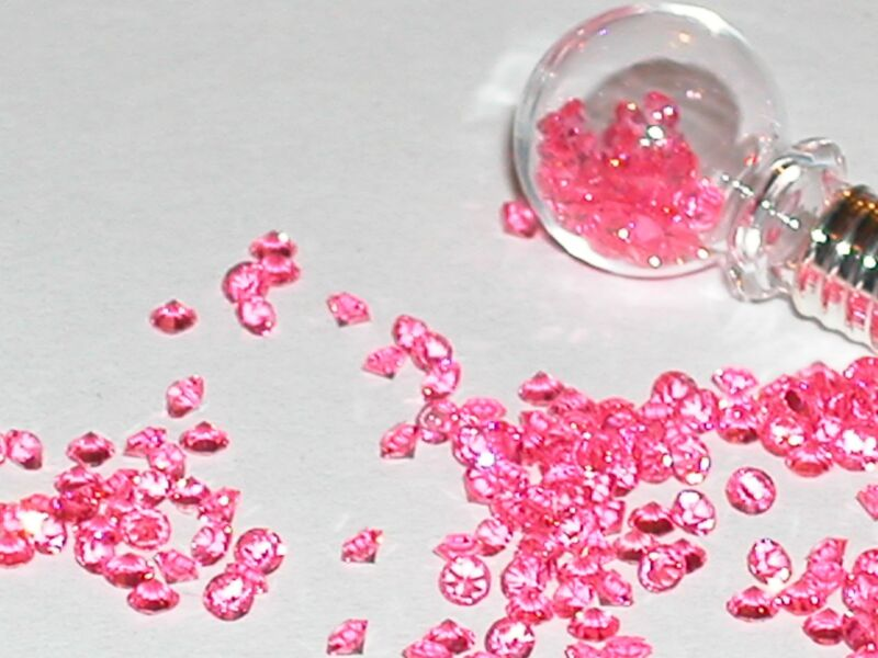 20pc.Fun tiny little Crystals rhinestone gems for bottles sold separate 2.3mm PK