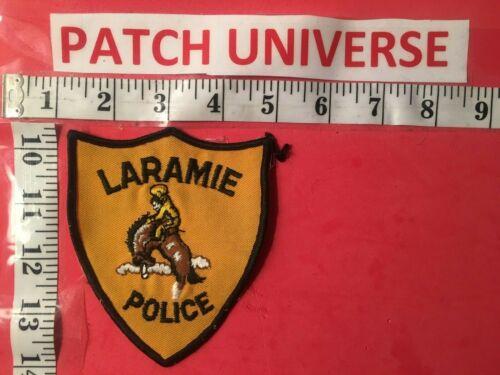 LARAMIE  WYOMING  POLICE  SHOULDER PATCH  O087