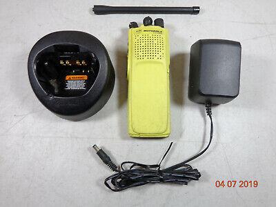 Motorola Astro Xts5000r Vhf 5 Watt Radio H18kec9pw5an Vhf 136-174 Wchargerant.