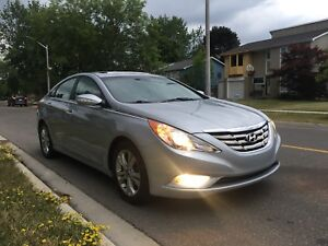 2011 Hyundai Sonata Limited Leather & Sunroof One Owner