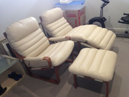Refurbished Tessa armchairs and chaise lounge Sylvania Sutherland Area Preview