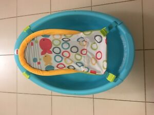 Fisher price bath tub