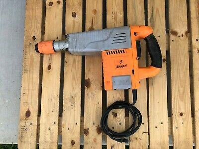 Chicago Electric 93853 Demolition Hammer 2.0 Hp