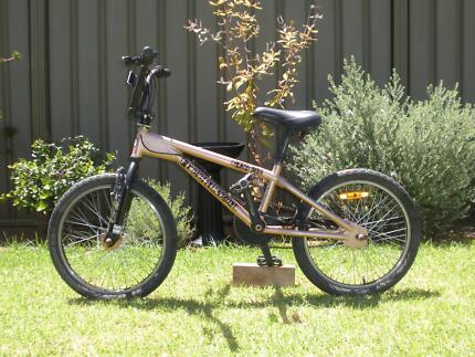 Freeagent Airstrike BMX Bike [GREAT CONDITION!] Dubbo 2830 Dubbo Area Preview