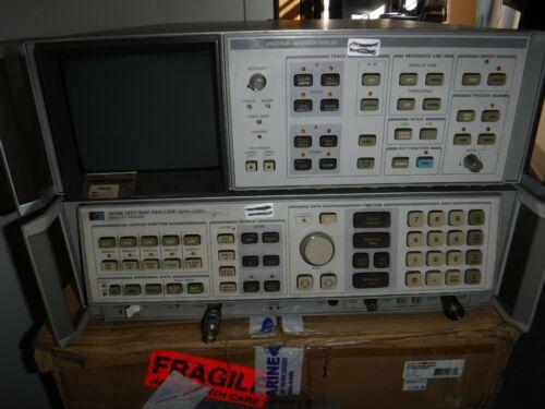 HP - Agilent - Keysight 8568B Spectrum Analyzer 2517A01984 W/ DISPLAY