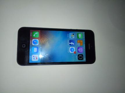 I Phone 5 64 GB unlocked