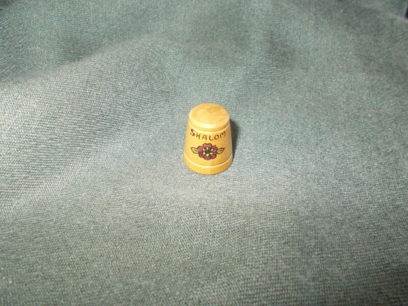"""vintage Red flower Hand Painted WOODEN """"SHALOM"""" PEACE THIMBLE"""