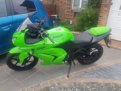 2011 Green Kawasaki Ninja 250cc. No reserve good Running order