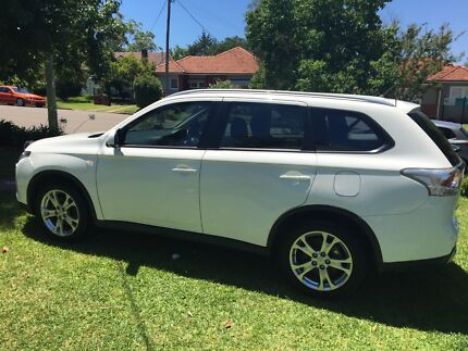 Mitsubishi Outlander ES 4WD 2014 Auto Penrith Penrith Area Preview