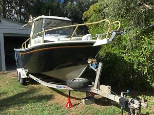 6.8 Metre Centre Cab Plate Boat for the serious fisherman Toogoom Fraser Coast Preview