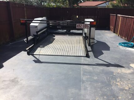 No ramp Hydraulic lifting  trailer Banksia Beach Caboolture Area Preview