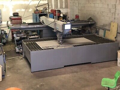 Flow Waterjet  60000psi Table Size 6x12