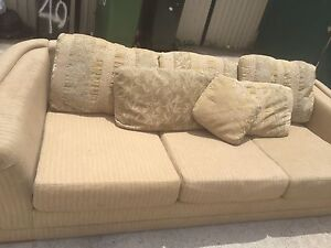 Lounge suite Yagoona Bankstown Area Preview