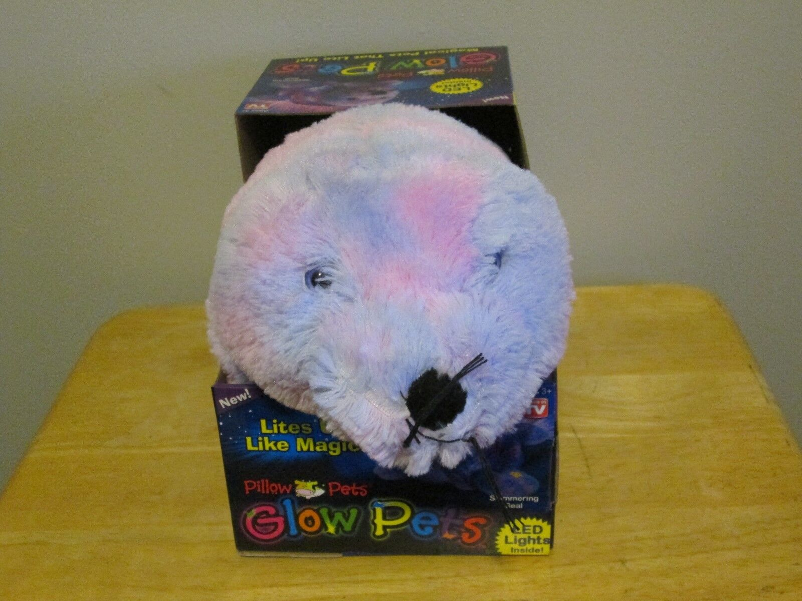 Pillow Pets Glow Pets Seal 15 Inch Plush Lights Up Bedtime T