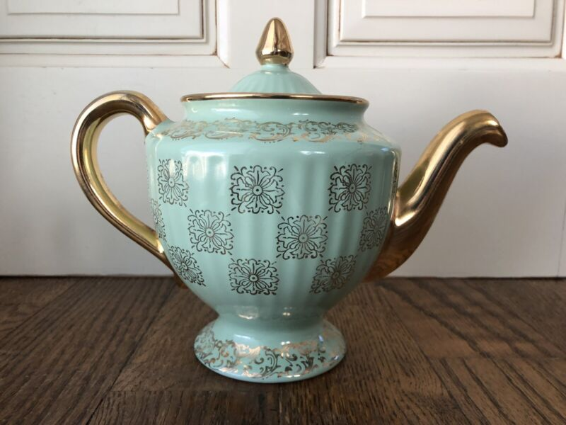 Vintage Teapot Guilded Hall