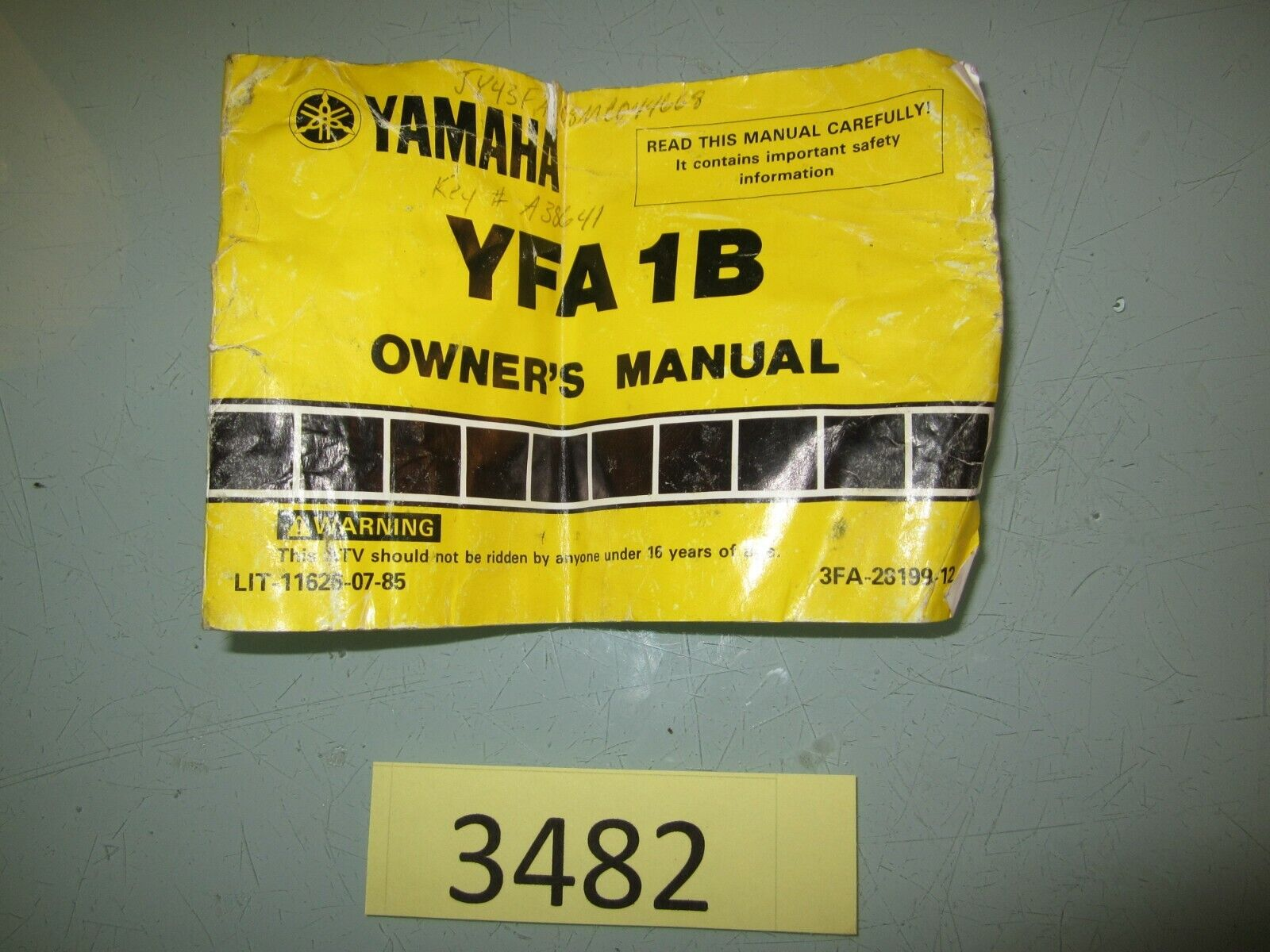YAMAHA  YFA1B  1993  OWNERS  MANUAL  LIT-11626-07-85  3FA-28199-12 breeze 125