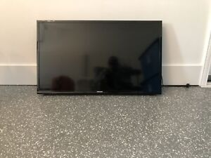 "39"" Samsung LED TV"