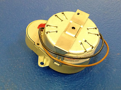 Synchronous Clock Motor 12v 10 Rpm 4mm 532 Shaft New
