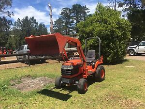 Kubota Tractor 22hp 4x4 FEL Bucket low hrs Kangaroo Valley Shoalhaven Area Preview