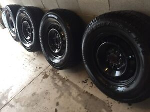 F150 Cooper Discoverer Snow Tires 265/70/R17