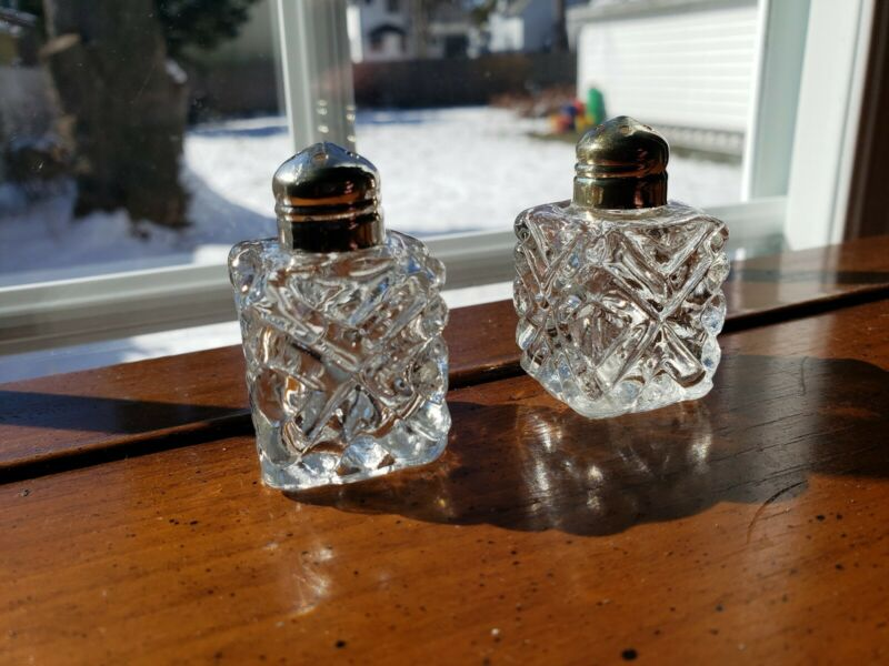 Vintage Glass Salt & Pepper Shakers Godinger Silver Pressed Glass Crystal