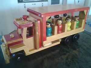 WOODEN BUS WITH PASSENGERS & DRIVER Cleveland Redland Area Preview