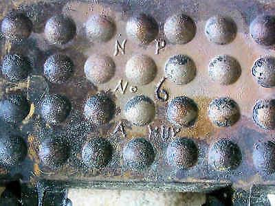 Antikes Gusseisen Waffeleisen Ø 275 mm mit Marke I
