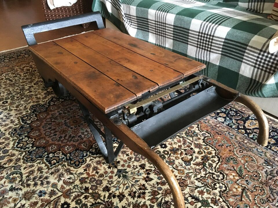 Antique Grain Scale Coffee Table Tables Muskoka Kijiji
