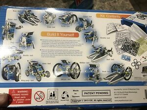 Educational build your own robots!  toys, brand new