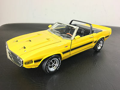 Ertl American Muscle 1969 Shelby GT-500  CONVERTIBLE YELLOW/BLACK - 1:18 DieCast