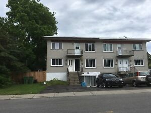 FOR RENT BACHELOR 3 1/2 IN PIERREFONDS (West Island)