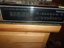 Vintage Panasonic Digital Alarm Clock Radio AM FM Retro RC 6115 Made in Japan