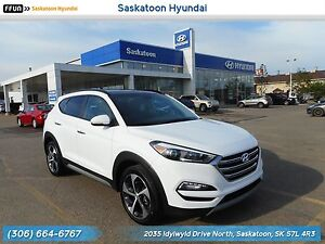 2017 Hyundai Tucson SE Panoramic Sunroof - Back Up Camera -