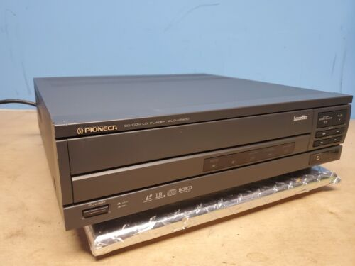 Pioneer CD CDV LD CLD-V2400 Laser Disc Player