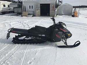 2016 Ski-Doo Summit SP