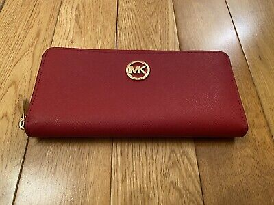 MICHAEL KORS, Red Saffiano Leather Zip Around Purse. Excellent Condition.