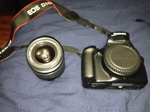 Canon rebel T3 mint condition
