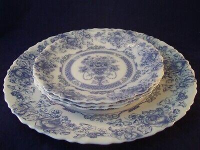 Vintage Arcopal Honorine Blue 4pc Lot Dinner Plate Salad Plates France Retired