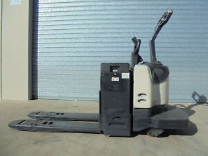 Crown 4500 Series PE Series Pallet Jack Bohle Townsville City Preview