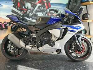 2015 Yamaha R1 with 9500kms 6 months rego
