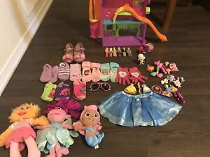 HUGE LOT TOYS AND THINGS FOR LITTLE GIRL