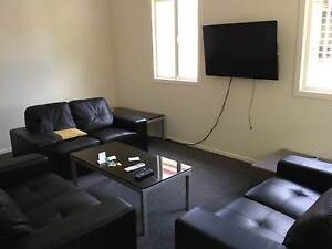 --------BACKPACKERS AND COUPLES ACCOMODATION-------- Brisbane City Brisbane North West Preview