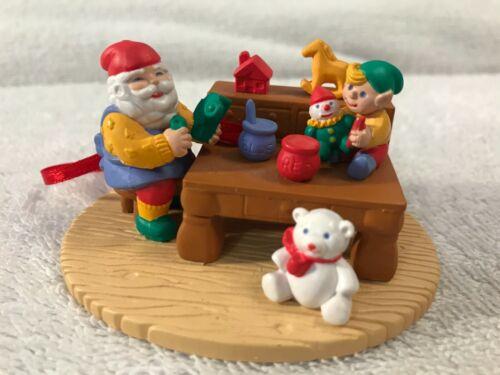 Christmas ornament resin diorama scene santa & elf toyshop CH5820