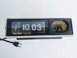 Ken Tech R-325 Retro Flip Clock Green Accent Am/Fm Dial ,Wood Grain Look