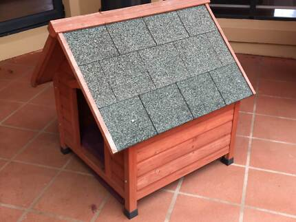 Dog House - Medium
