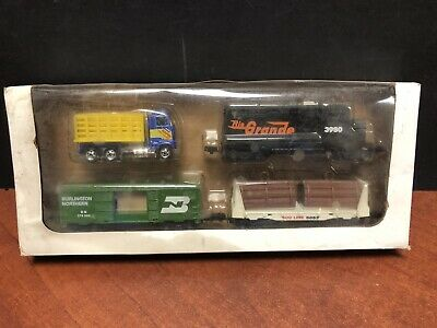 Hot Wheels Vehicles From Vintage Railroad Train Set Dela2778