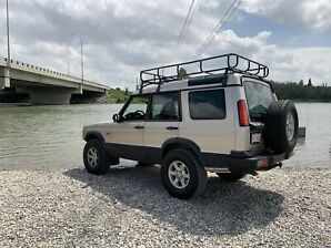 2003 Land Rover Discovery 2 - Modified