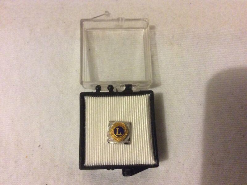 Vintage Lions Club Tie Tack Bar & Chain Gold Blue Silver W/Box