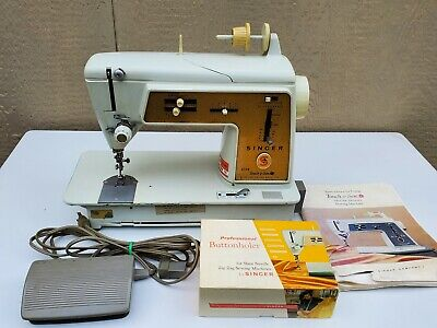 Singer 620 Touch & Sew Deluxe Zig-Zag Sewing Machine with Buttonholer & Manual
