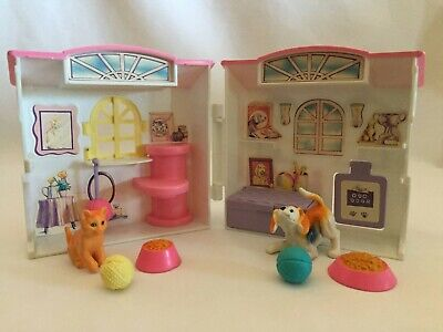 Barbie 1998 Portable Pets House with Original Pets (Dog & Cat) & Accessories